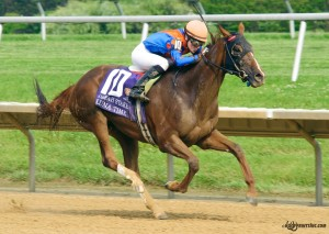 Luna Time winning The Obeah Stakes (gr 3) at Delaware Park on 6/20/15